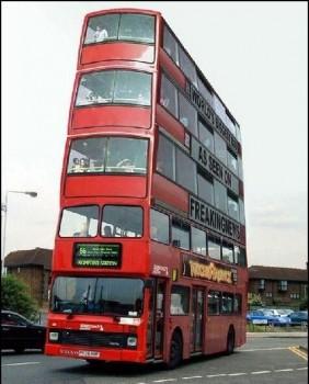 Bus anglais avec 4 étages