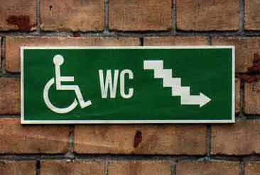acces WC pour handicapes