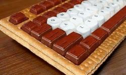clavier en gateau sec au chocolat pour geek