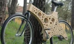 un vélo en gruyère