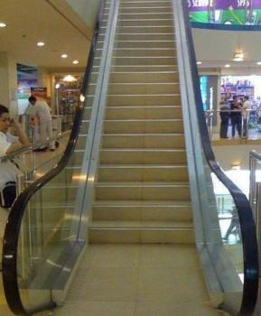 Un escalator moderne qui vous fait faire du sport