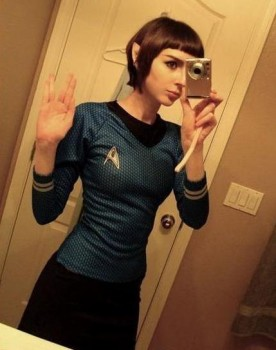 Une fille fan de Star-Trek