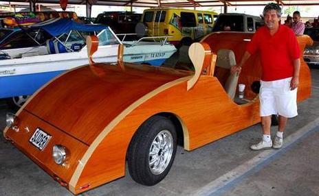 le retour de la voiture en bois images. Black Bedroom Furniture Sets. Home Design Ideas