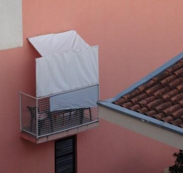 Petit balcon sans vis à vis, ou presque