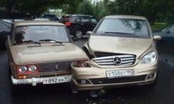 Lada 1 point, Mercedes 0 point