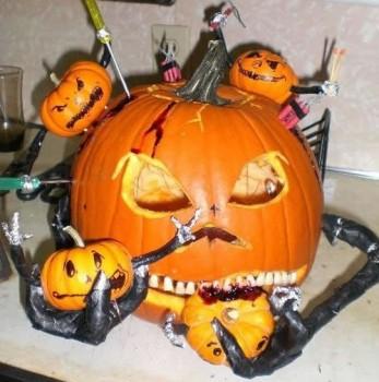 Des citrouilles Halloween qui font peur :)