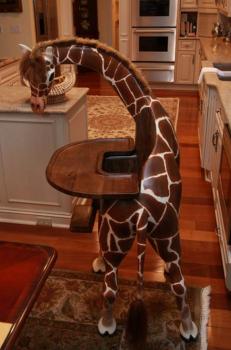 Une chaise girafe